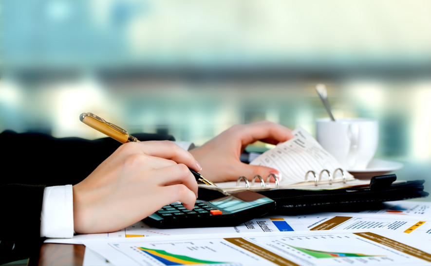 How To Manage Your Finances When You Start Your First Business