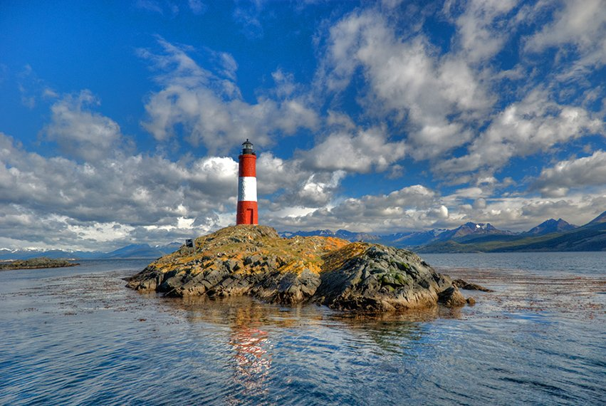 A Lighthouse. Image Source: Goseewrite.com
