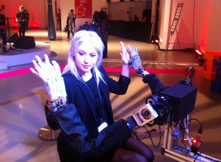 FutureFest 2015:  Robot touches human
