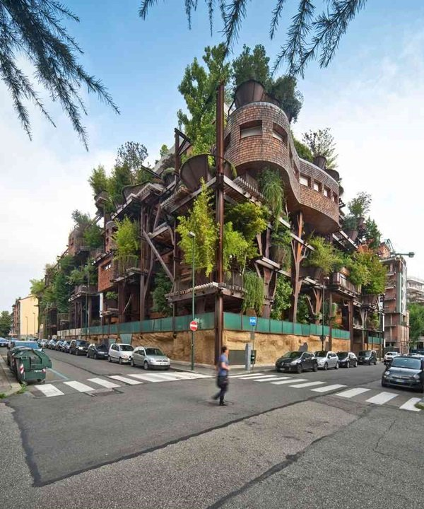 Luciano Pia's tree house apartments in Turim