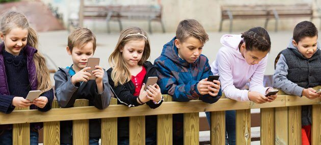How Social Media Impacts Children