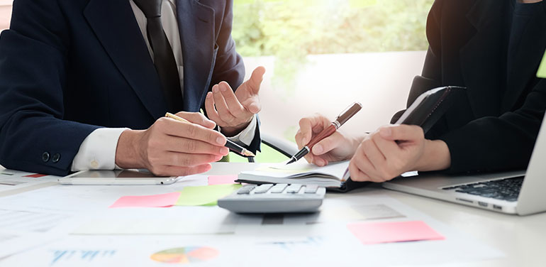 Tips for Finding a Financial Planner